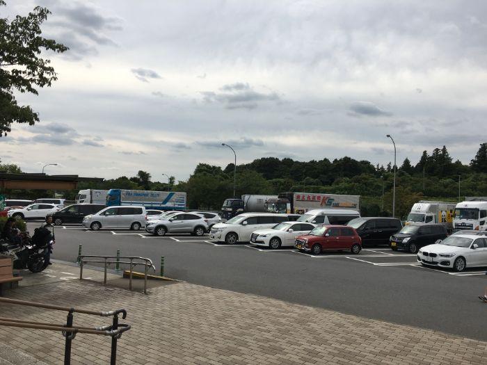 千代田PA駐車場の様子