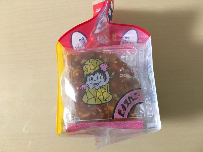 ピーナッツハニーパッケージ側面のキャラクター