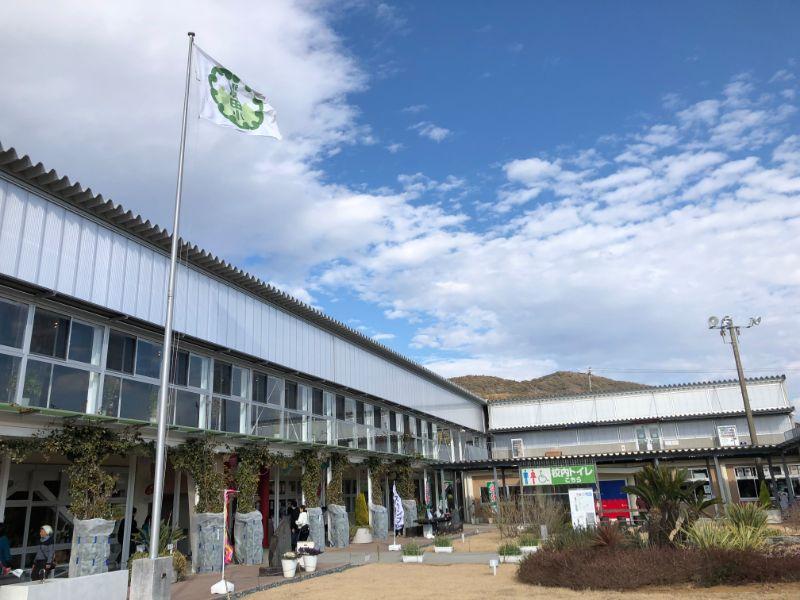 道の駅保田小学校外観